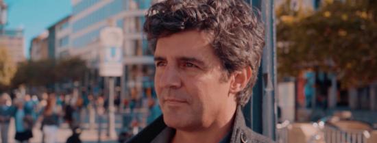 Gesichter aus gar nichts Musikvideo Roger Stein
